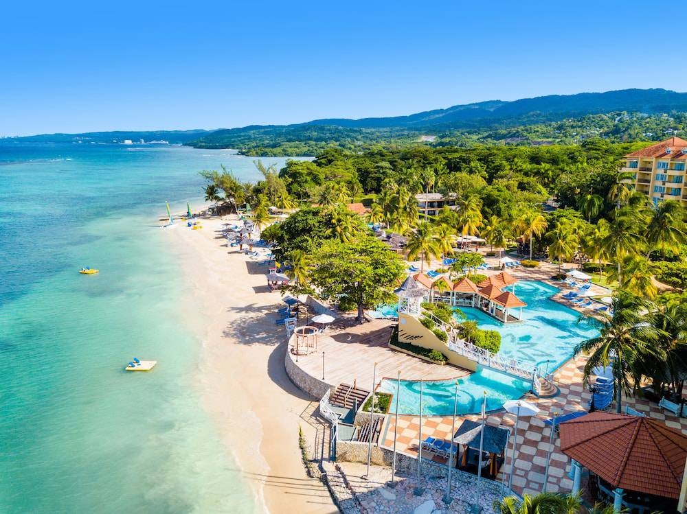 Jewel Dunn's River Beach Resort & Spa, Curio Collection by Hilton