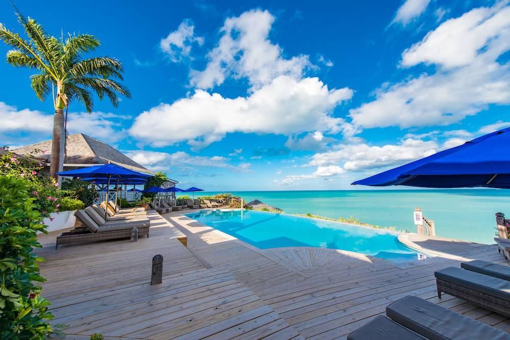 Cocobay Resort