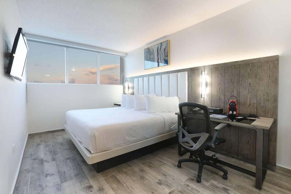 San Juan Airport Hotel PR