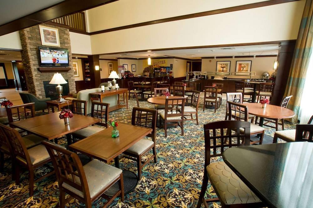 Staybridge Suites Buffalo-Airport