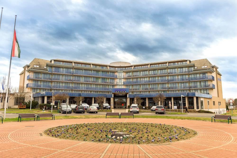 Park Inn by Radisson Sárvár Resort & Spa
